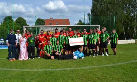 Absatz gegen Abseits – Fußball Frauen gegen Männer