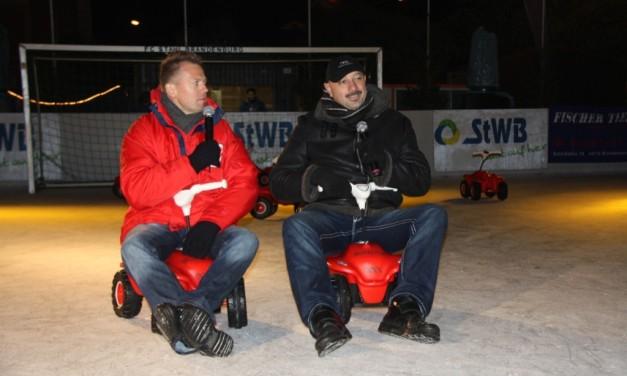 Erster Bobby-Car-Fußball-Cup auf dem Eis in Brandenburg an der Havel
