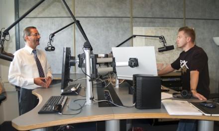 Brandenburgs Ministerpräsident Matthias Platzeck bei BB RADIO