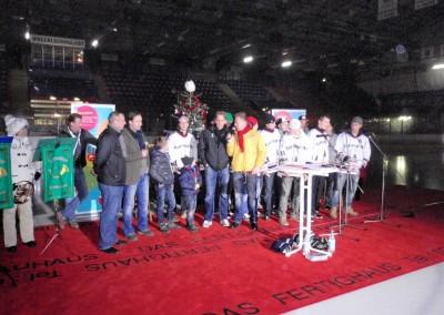 Erstes Adventssingen der Eisbären Juniors im Berliner Wellblechpalast